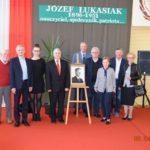 Odsłonięcie tablicy upamiętniającej w LO w Sompolnie