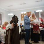 Pani Twardowska w Domu Dziennego Pobytu Seniora + w Sompolnie.